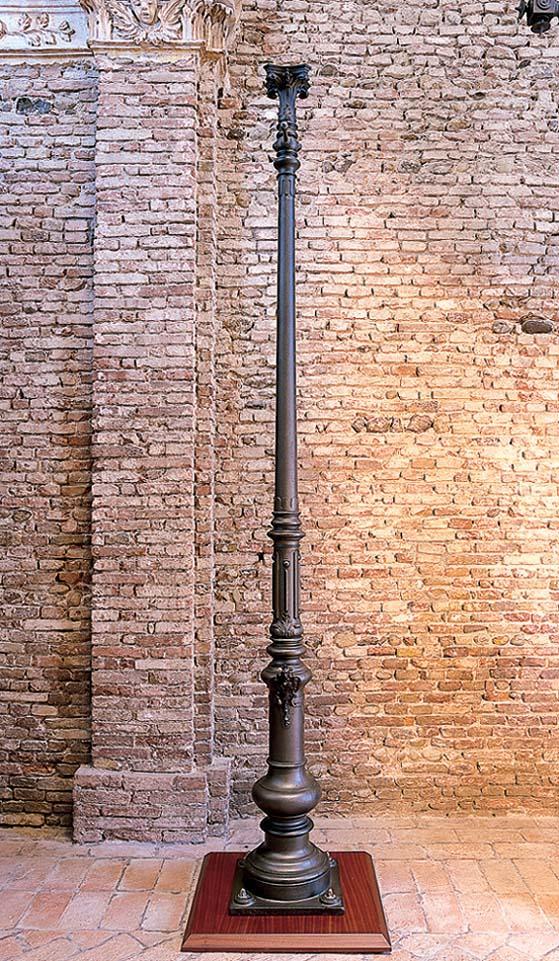 Il palo di Arco esposto al MIG