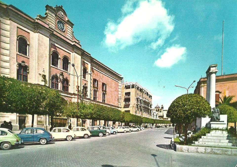 Matera, piazza Vittorio Veneto