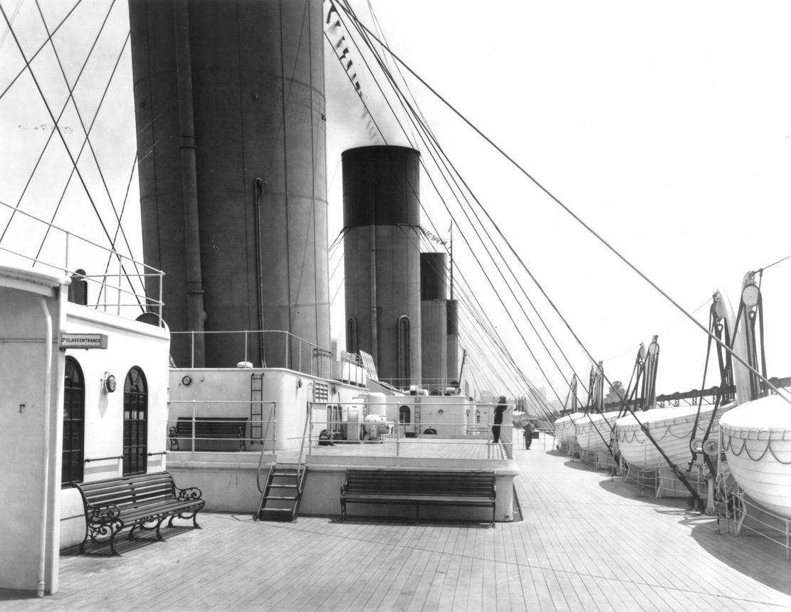 Le panchine in legno e ghisa sul ponte del Titanic, 1912