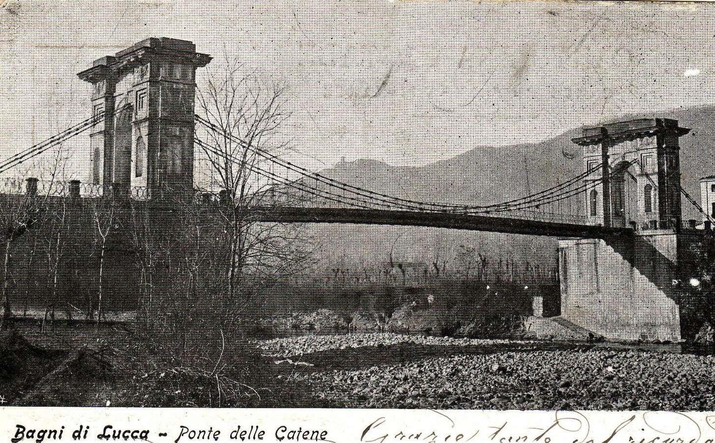 Il Ponte delle Catene in una cartolina del 1905
