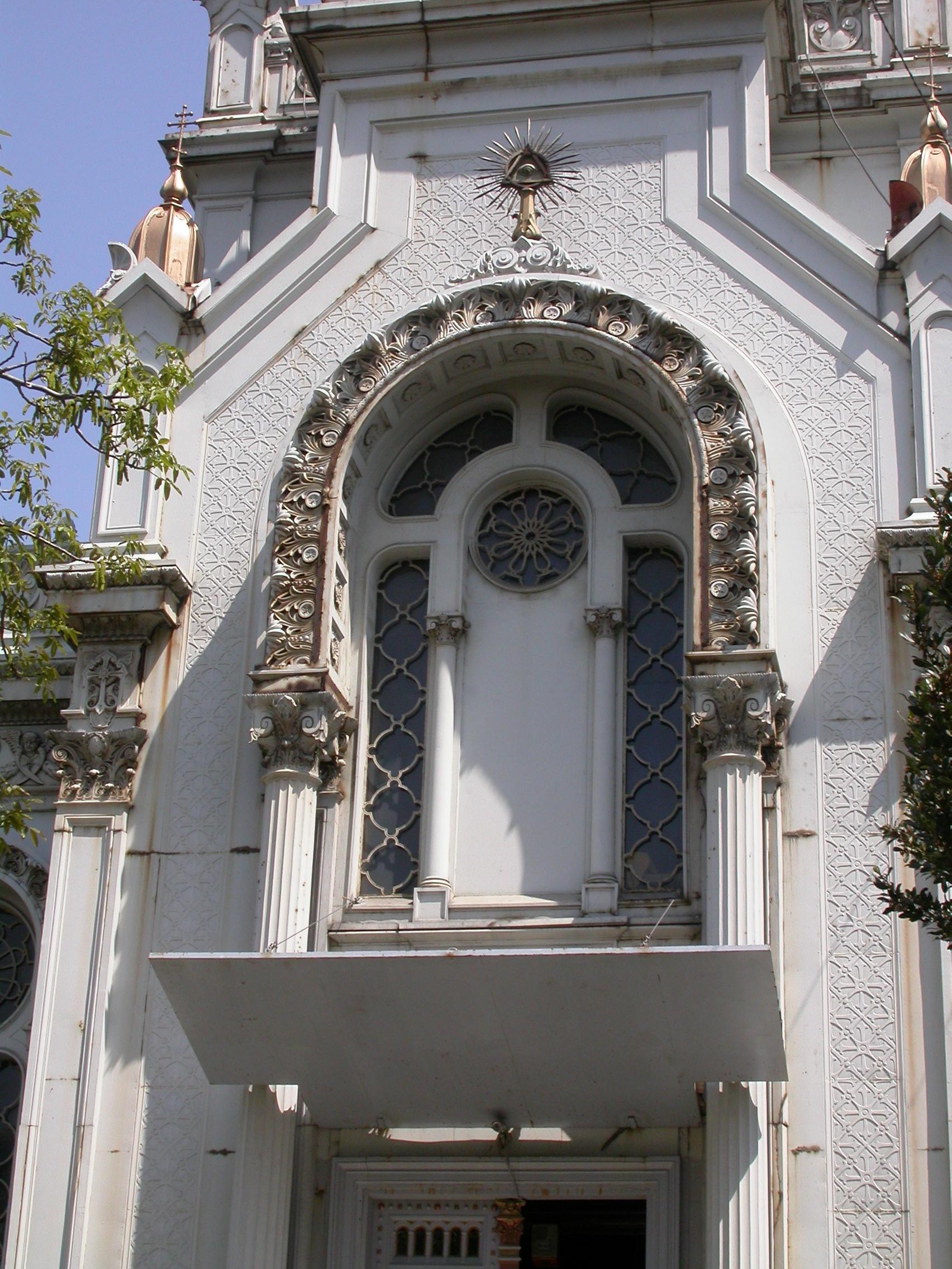 Istanbul, chiesa di Santo Stefano dei Bulgari, dettaglio della fiancata