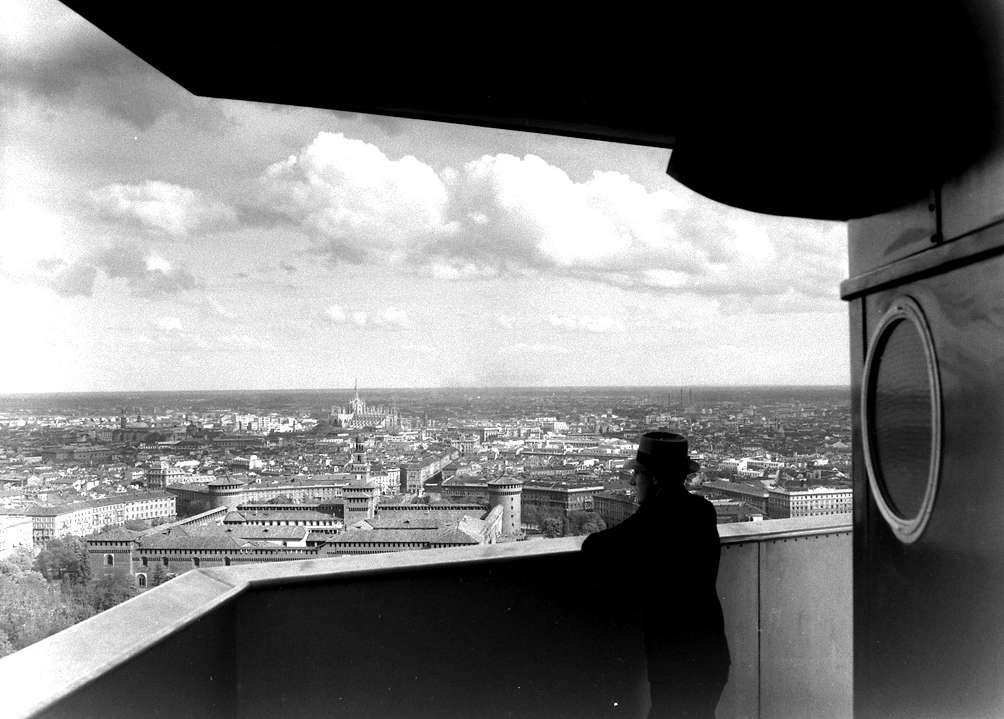 Panoramica della città di Milano dal belvedere della Torre Littoria