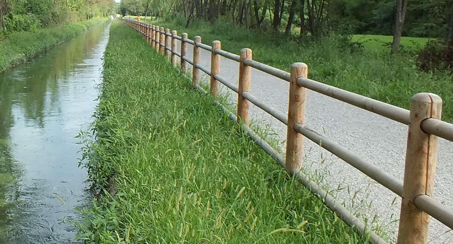 La pista ciclabile del Parco delle Groane a nord di Milano