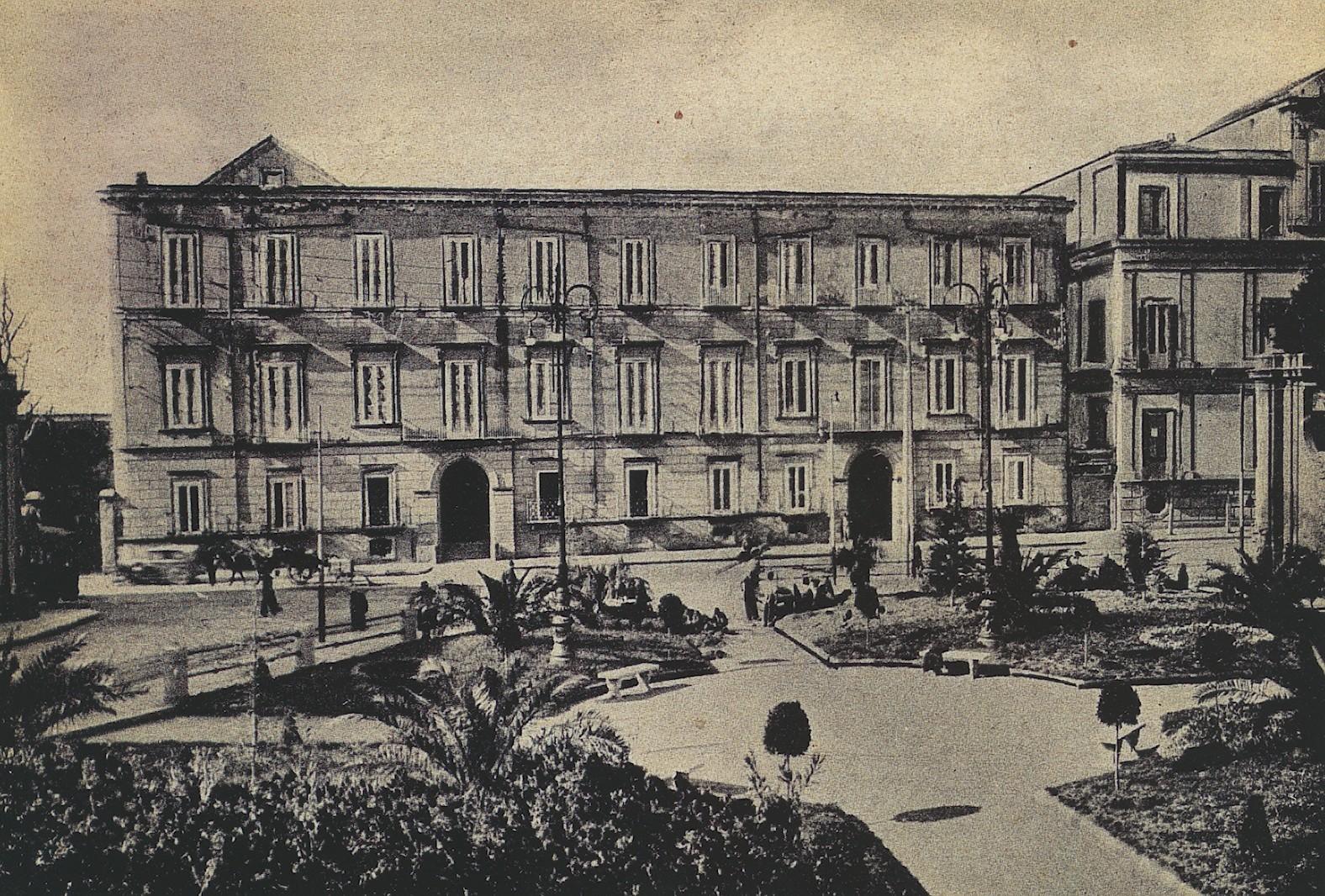 Portici palazzo Buono