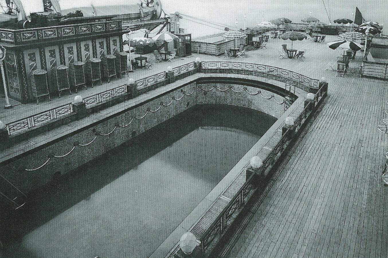 Transatlantico Rex, la grande piscina scoperta, fine anni Trenta