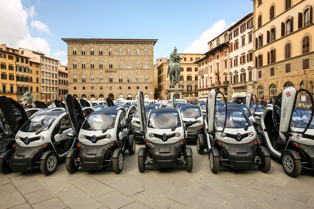 "Firenze, veicoli elettrici ""in piazza"""