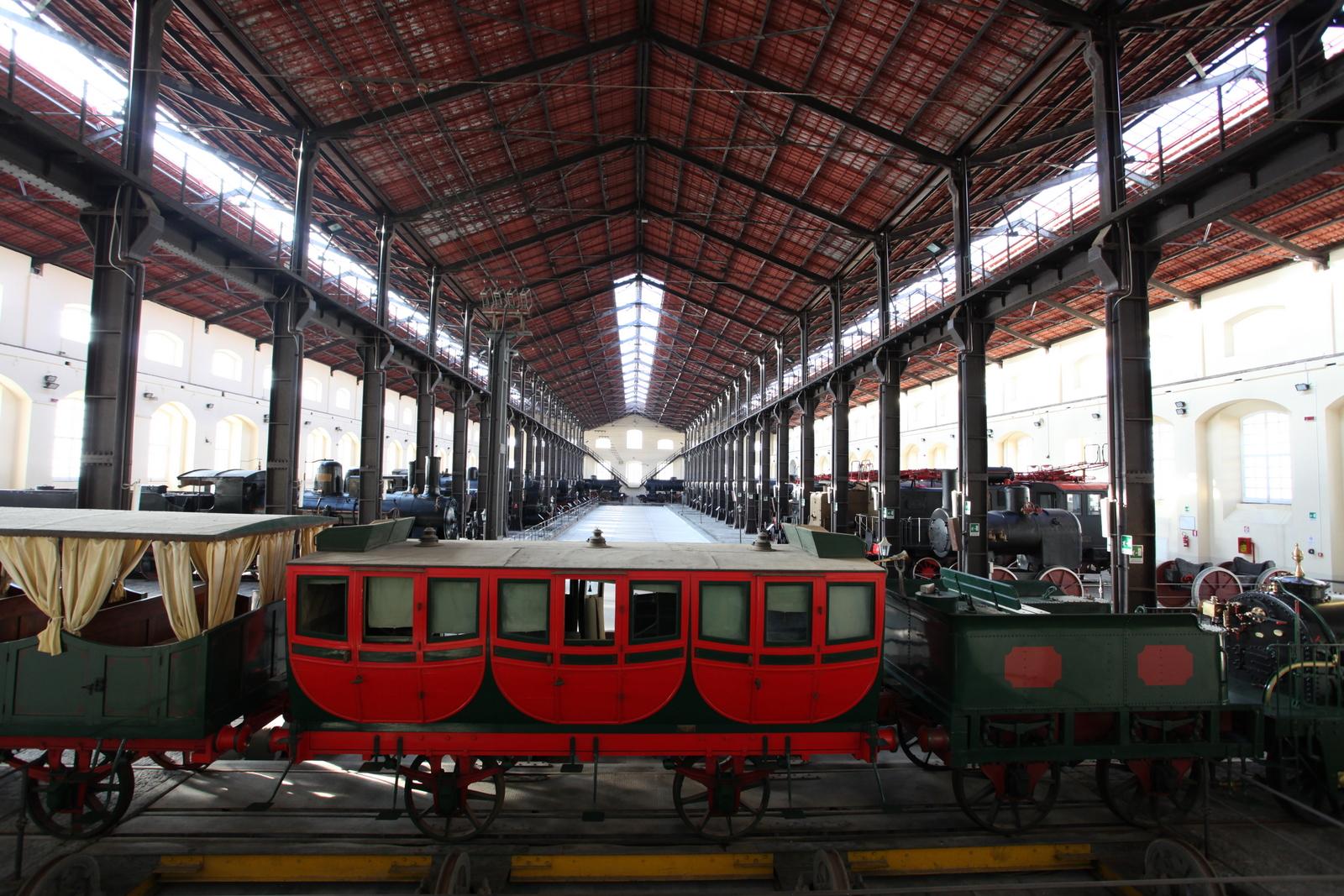 Museo Nazionale di Pietrarsa (NA), sala locomotive